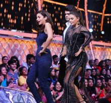 We can't wait to watch Bollywood beauties Alia Bhatt and Jacqueline Fernandez sharing the stage together.