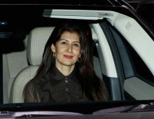 Sangeeta Bijlani at Salim Khan's birthday bash