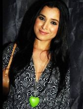 Swabhimaan: The role was small, but prominent enough to get Simone Singh noticed. The petite actress who played Gaayatri (Harsh Chhaya's love interest) did justice to her role despite the ensemble cast in this Mahesh Bhatt serial.