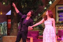 SRK and Alia shake a leg on the sets of TKSS.