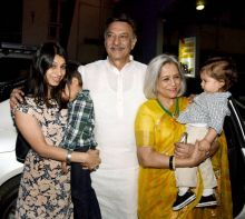 Actor Suresh Oberoi, with wife Yashodhara and daughter, Meghna, at Anjali Chhabria's book launch.