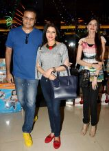 Actress Bhagyashree of Maine Pyar Kiya fame, was also present at the event with her husband and a guest.