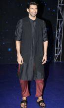 Aditya Roy Kapur is all smiles.