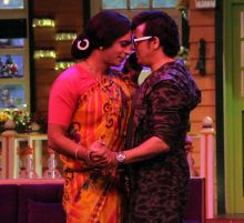 Rinku Bhabhi shares an 'intimate' moment with Sonu.