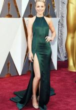 Rachel McAdams This adored celeb posed in a stylish green ensemble by August Getty. It was one of the most searched of the glorious gowns of the year. Her stylists admitted that this dress was originally intended for the after party and so they had cut