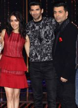 Aditya and Shraddha pose with judge Karan Johar.