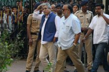 Alok Nath at Om Puri's residence