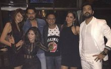 Mona and Manu met for the first time after coming out of the house. Friends Nitibha Kaul and Akanksha Sharma also looked super-happy to be meeting again. Mona's husband Vikrant and Navin Prakash are also seen in the frame.