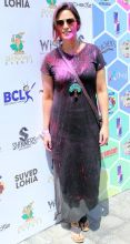 Mona Singh is all set for the Holi party, with hues of pink and red on her cheeks.