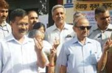 Delhi CM Arvind Kejriwal and his family today cast their vote at a polling booth in Road Transport Office near Civil Lines.