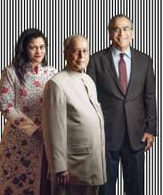 (Left to right) Kalli Purie, President Pranab Mukherjee and Aroon Purie