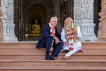 Narendra Modi and Australian PM Turnbull in deep conversation after offering prayers to Lord Swaminarayan at Akshardham temple. The two leaders first toured the temple on foot and then in a golf cart.