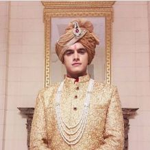 Mohsin Khan: Yeh Rishta Kya Kehlata Hai's Kartik skipped two day's shoot over a trivial issue. The actor reportedly did not like a costume, and walked out of the sets. He also didn't turn up the next day, and switched off his phone.