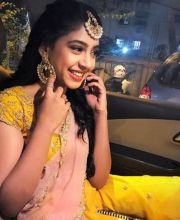 Niti Taylor: Since Niti Taylor wasn't happy with her make-up artist, she requested co-star Vikkas Manaktala to share his make-up guy with her. However, she was furious when Vikkas asked the guy to do his make-up first, and walked out of the sets of Ghulaa