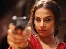 Vidya Balan gave a terrific performance in Ishqiya as a widow with a hidden agenda. She plays a wily temptress who seduces both, Arshad Warsi and Naseeruddin Shah and uses them to her advantage.