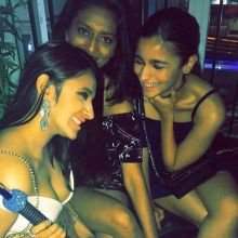Alia Bhatt and her friends sure know how to party!