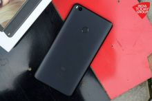 The Xiaomi Mi Max 2, just like its predecessor phone the Mi Max, is a 6.44-inch supers-sized phablet that towers over every other phablet in the market right now with its sheer size and ambition. Let's take a closer look.