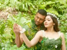 Jayam Ravi and Sayyeshaa in Vanamagan