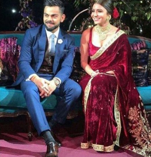 This Is What Anushka Sharma Wore For Her Mehendi Engagement And