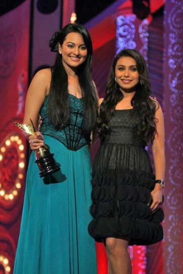 Sonakshi with Rani