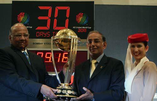 Sharad Pawar and Haroon Logart