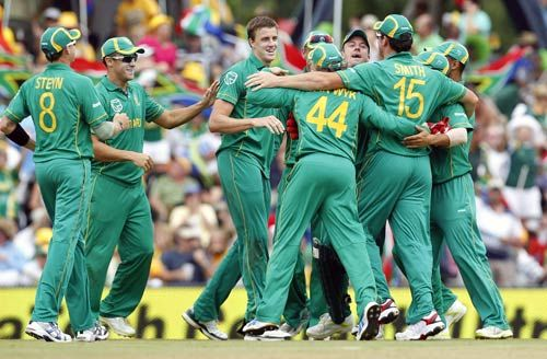 Morne Morkel and teammates.