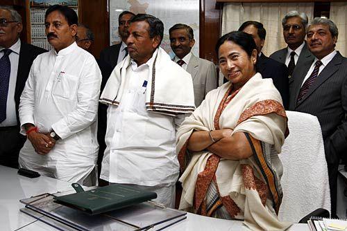 Mamata Banerjee, K H Muniyappa, Bharatsinh Solanki