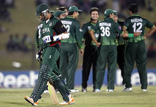 Pakistan team celebrate
