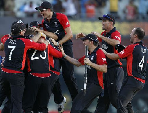 England players celebrate win over SA