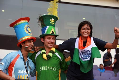 Indian fans with a South African cricket fan