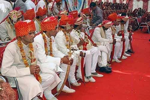 Mass marriage held in Jaipur