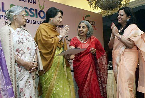Delhi Chief Minister Shiela Dikshit, Sharmila Tagore Pataudi, Sangita Jindal