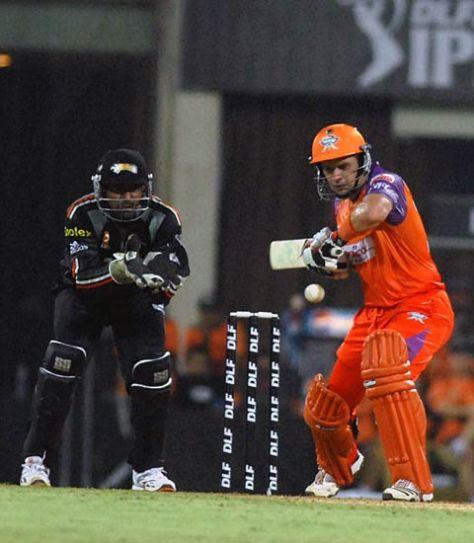 Kochi batsman Brad Hodge