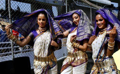 Pune Warriors cheergirls