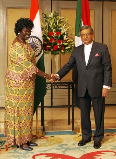 External Affairs Minister S. M. Krishna, South Sudan's special envoy and minister Priscilla Joseph Kuchi