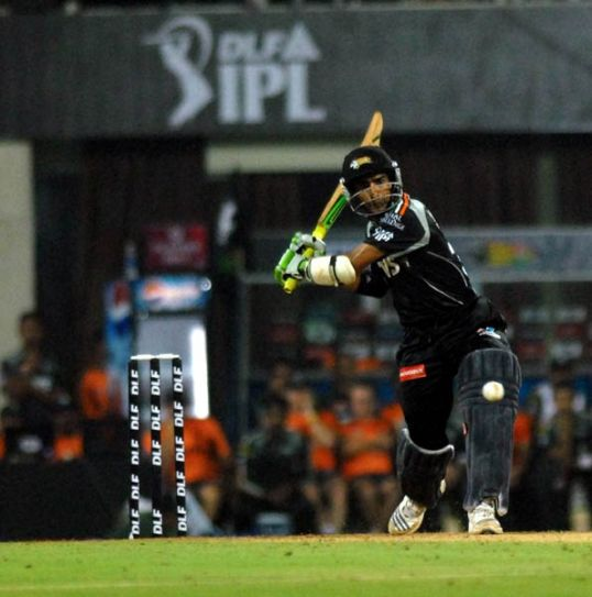 Pune batsman Mithun Manhas