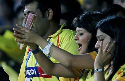 Chennai captain MS Dhoni's wife Sakshi
