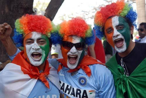 Cricket fever grips Mumbai