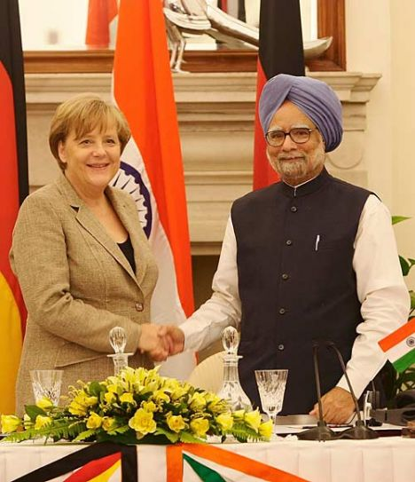 Prime Minister Manmohan Singh with German Chancellor Angela Merkel