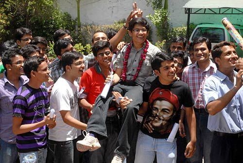 IIT JEE students celebrate their success at Triumph Academy campus, Ajmer