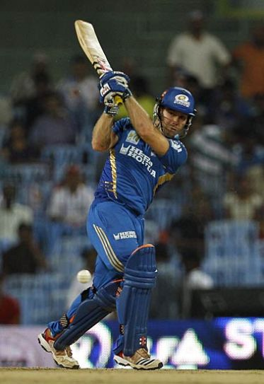 Mumbai opener Aiden Bizzard