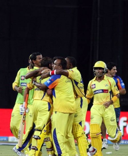 Chennai team celebrate their win over Bangalore