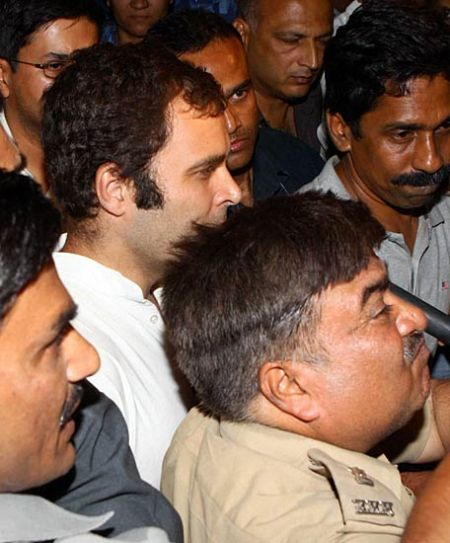 UP Police arrest Rahul Gandhi for supporting farmers' agitation