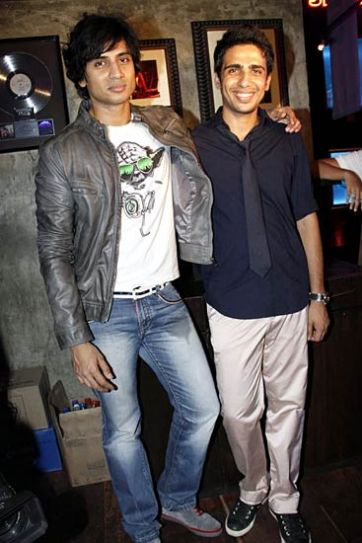 Shiv Pandit and Gulshan Deviah