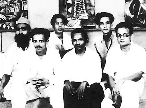 MF Husain with other fellow artists