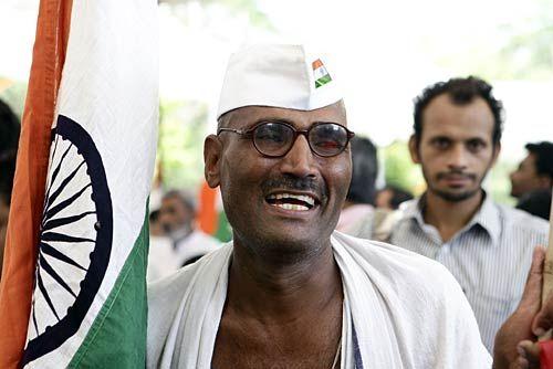 Anna Hazare supporter