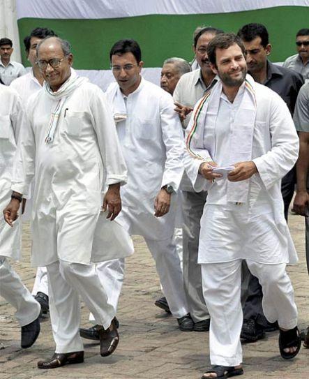 Digvijay Singh with Rahul Gandhi