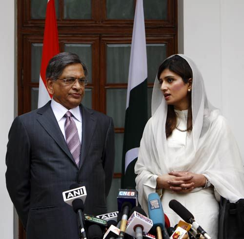 S.M.Krishna and Hina Rabbani Khar
