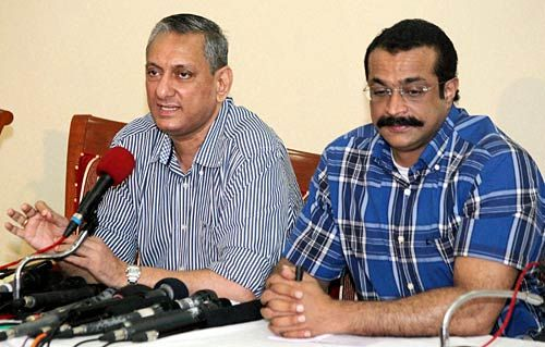 ATS chief Rakesh Maria (left) and Joint Commissioner of Police (Crime) Himanshu Roy