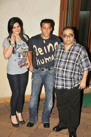ZarineKhan, Salman Khan and Rajkumar Santoshi.